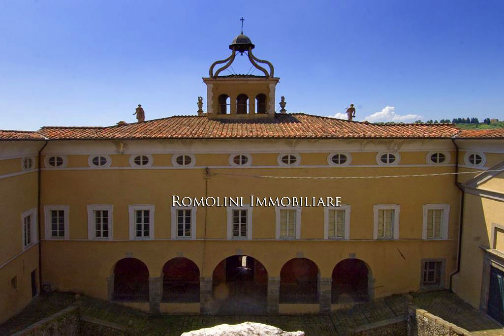 Luxury Real Estate Tuscany | Villa Garzoni Pinocchio, Romolini Immobiliare | Finest Residences
