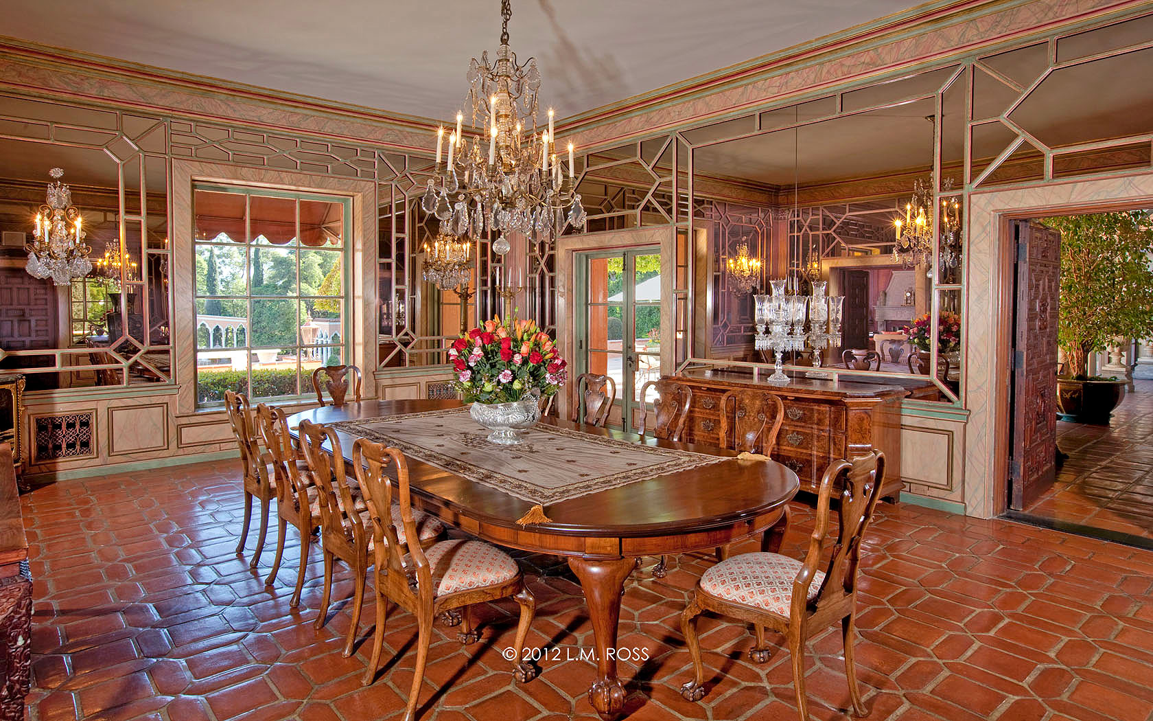 Beverly House, luxury real estate in Beverly Hills, CA | Hilton & Hyland | Finest Residences