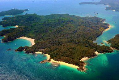 Islas Cayonetas, Las Perlas, Panama | Private island | Hilton & Hyland • Finest Residences