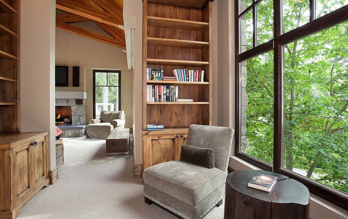 Whistler Estate, Library | Vancouver luxury real estate | Harvey Kardos | Finest Residences