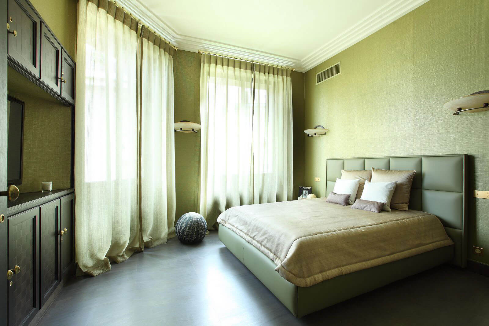 Diamant sur le Parc, a bedoom | Luxury Real Estate, Paris 16, France | COGEMAD • Finest Residences