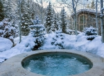 Iconic-Vail-Estate-Sothebys-Finest-Residences-Jacuzzi