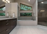 Iconic-Vail-Estate-Sothebys-Finest-Residences-bathroom-4