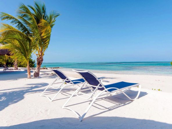 ROYAL PALM ISLAND |An Idyllic Private Island For Sale in Belize • Presented by Bernard Corcos, Chairman & CEO Finest International |Selected by Finest Residences