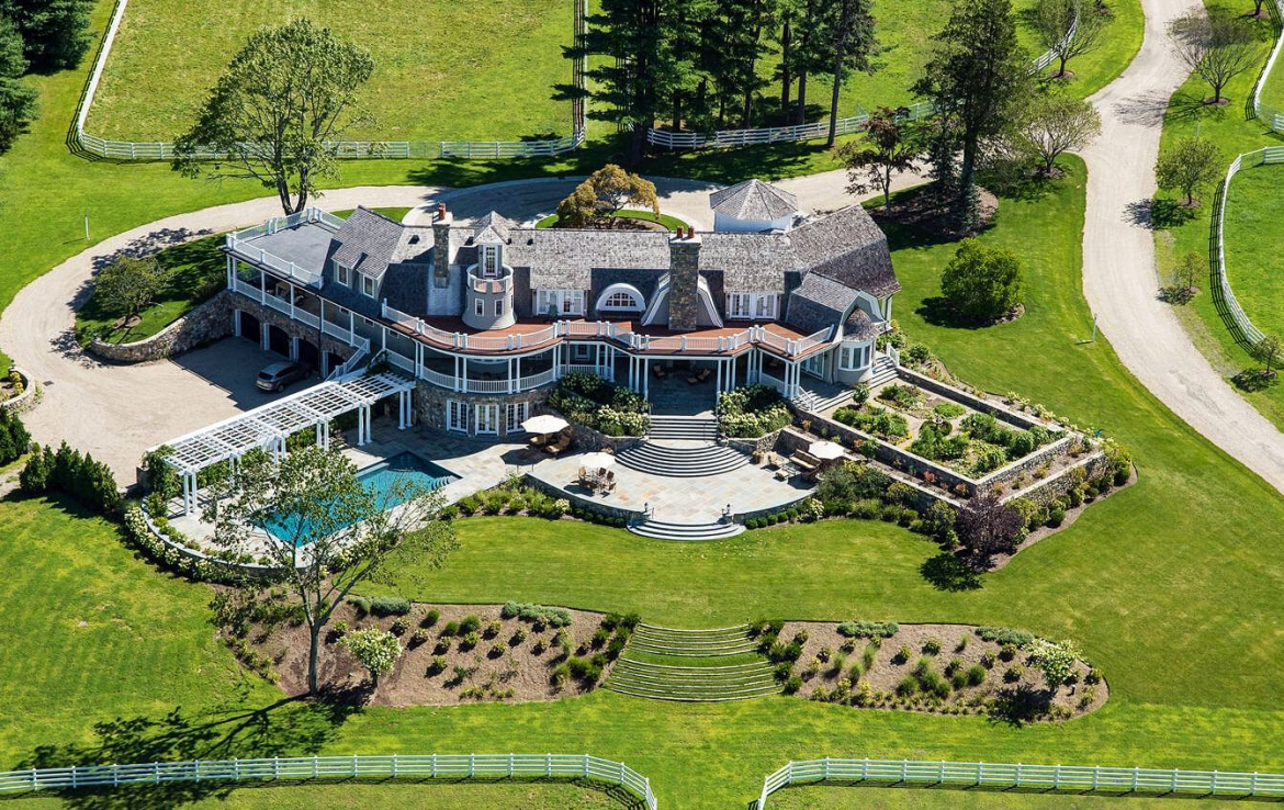 Equestrian farm in Greenwich Connecticut | Sally-Slater • Douglas Elliman | Finest Residences