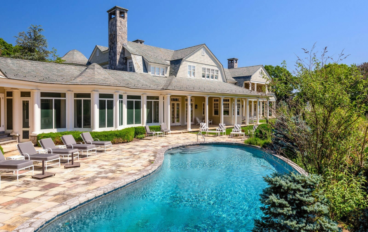 Burnt Point, Waterfront Estate in the Hamptons, NY | Frank E. Newbold • Sotheby's International Realty | Finest Residences