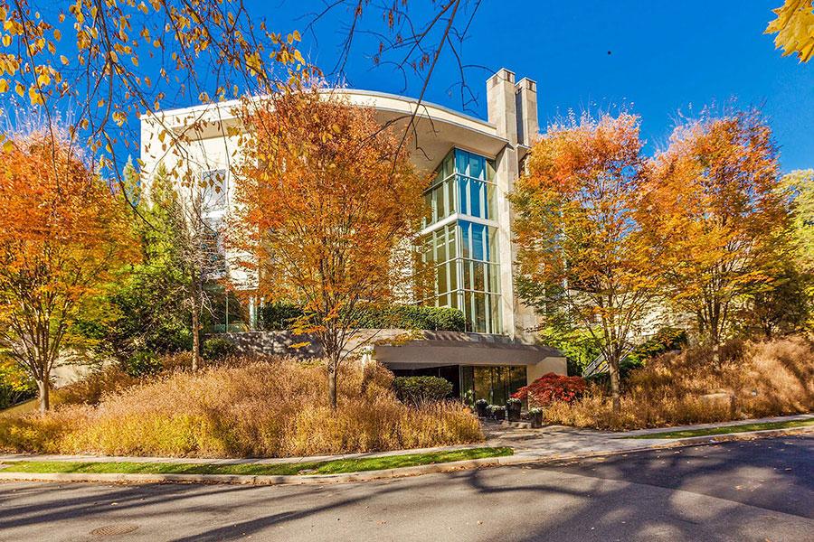 Rock Creek Park estate |2815 Woodland Dr, NW |Washington luxury real estate |Marilyn Charity • Washington Fine Properties |Finest Residences
