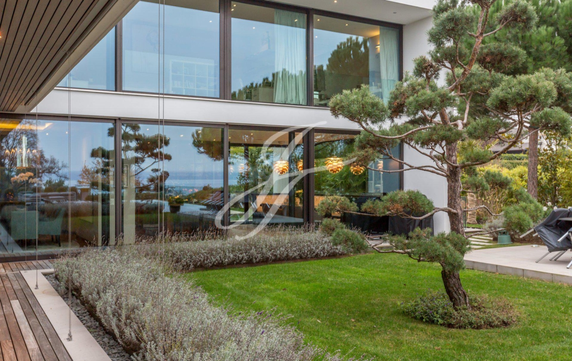 Luxury home for sale in Anières, Switzerland | FINEST RESIDENCES
