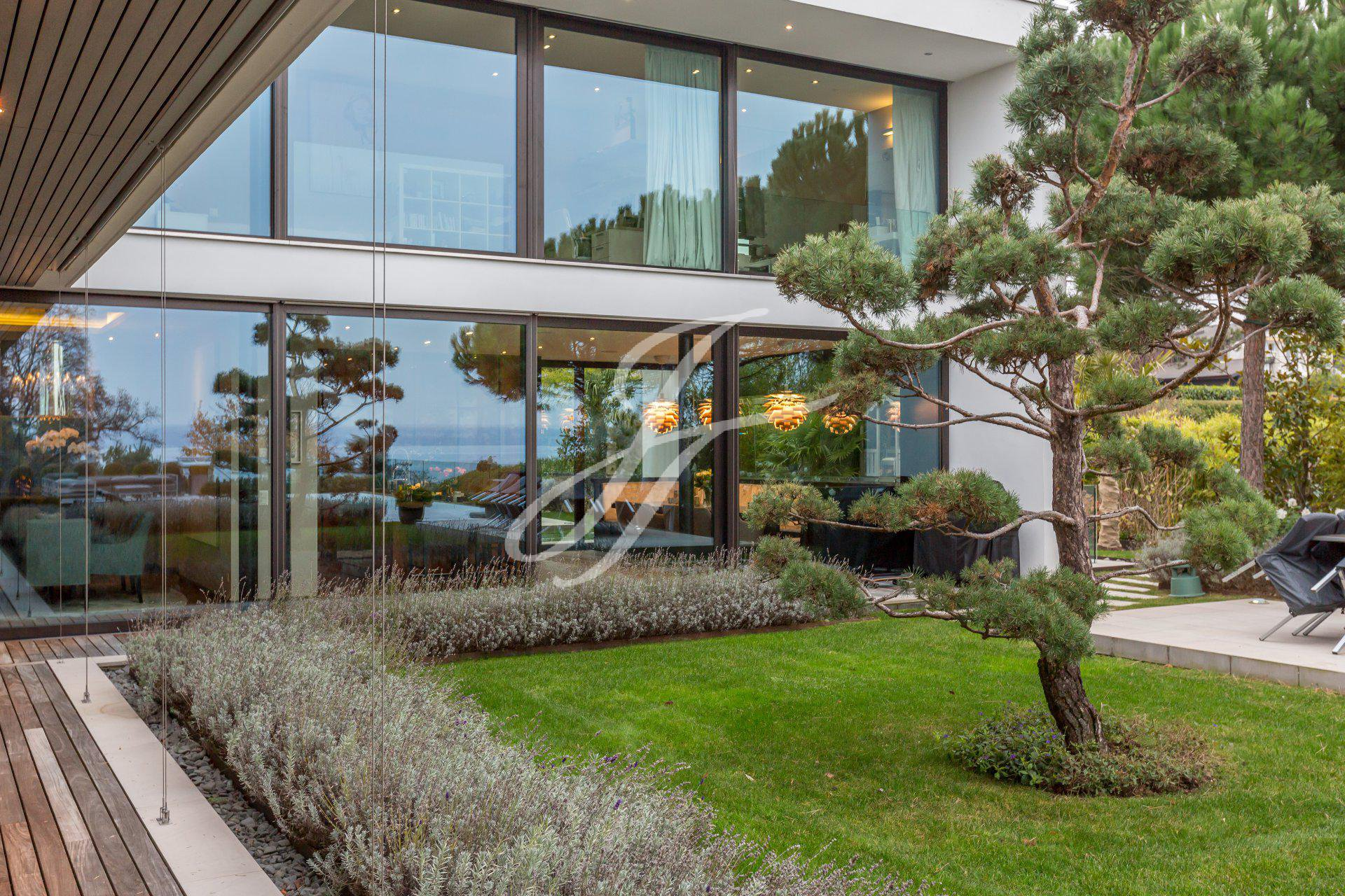 Luxury home for sale in Anières, Switzerland |FINEST RESIDENCES