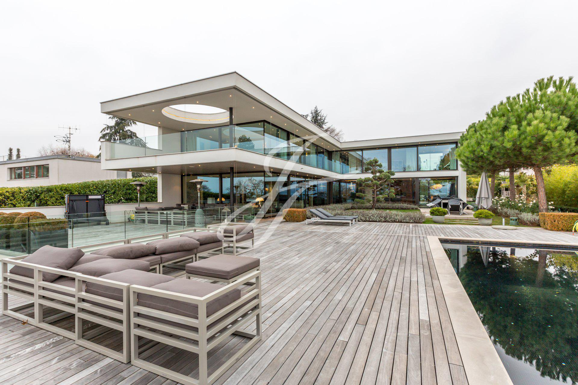 Beautiful home for sale in Anières, Switzerland | FINEST RESIDENCES