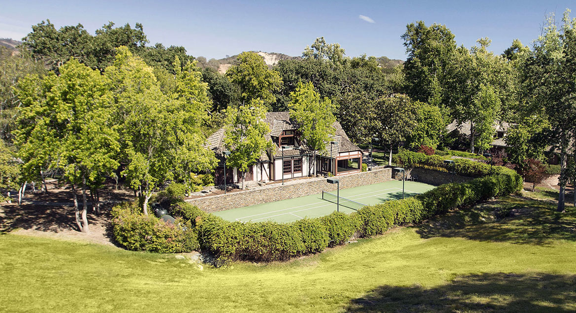 Neverland, the iconic Sycamore Valley Ranch | The Tennis Court | Presented by Suzanne Perkins, Compass | Finest Residences