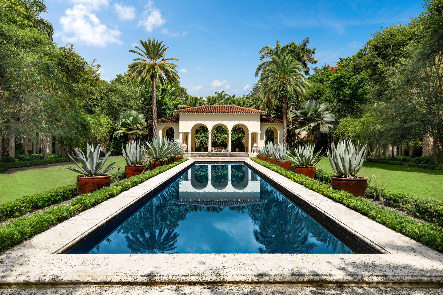 3725 Leafy Way, Coconut Grove, Miami, Florida, USA | Pool | Listed by Dennis Carvajal, Real Estate Agent, ONE Sotheby's International Realty | Finest Residences