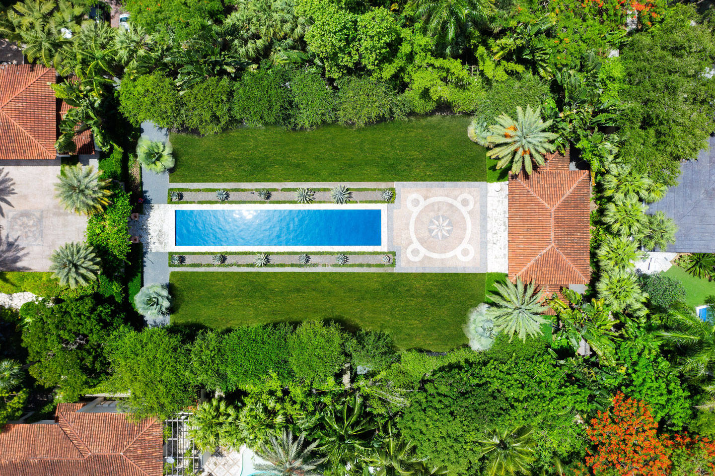 3725 Leafy Way, Coconut Grove, Miami, Florida, USA | A Pool | Listed by Dennis Carvajal, Real Estate Agent, ONE Sotheby's International Realty | Finest Residences