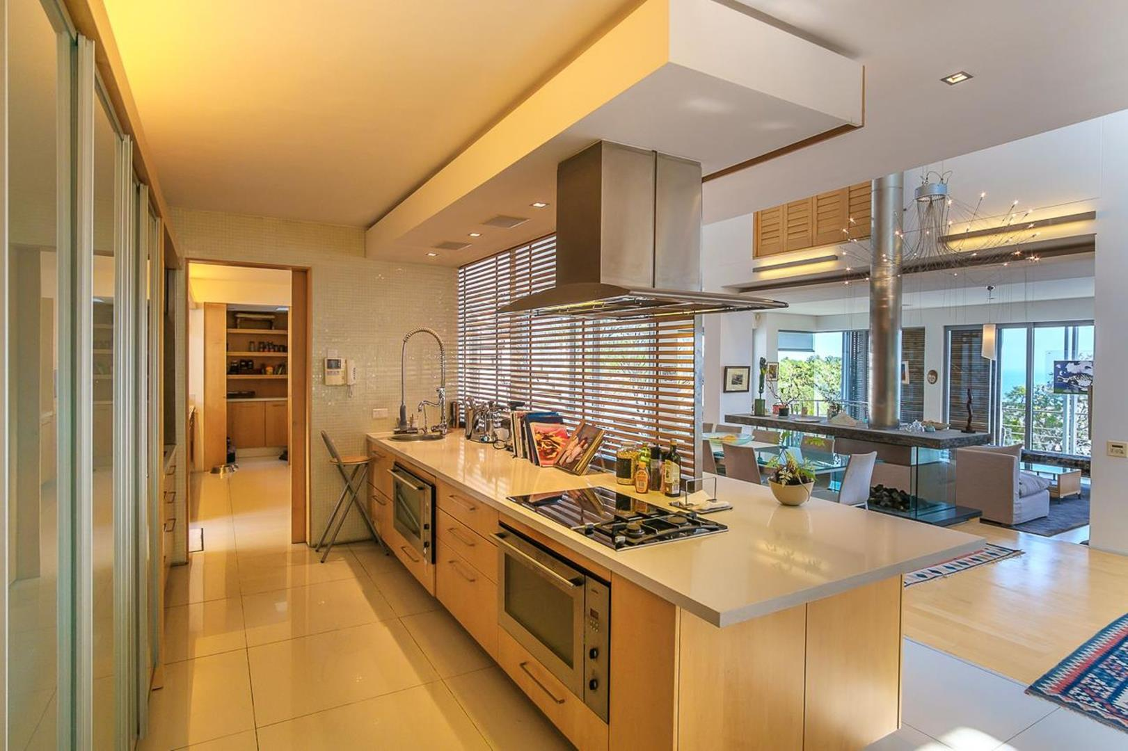 Sea side property in Cape Town, South Africa | Kitchen |Jawitz Properties | Finest Residences